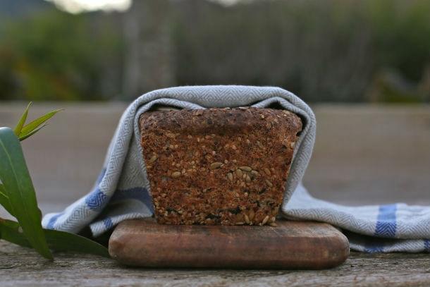 intext quinoa bread