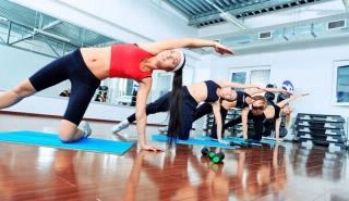 yoga_class_group