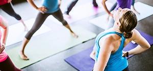Grupo a fazer Pilates | Aula ideal | Holmes Place