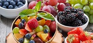 Erros na cozinha que comprometem a dieta - exagerar na fruta | Holmes Place