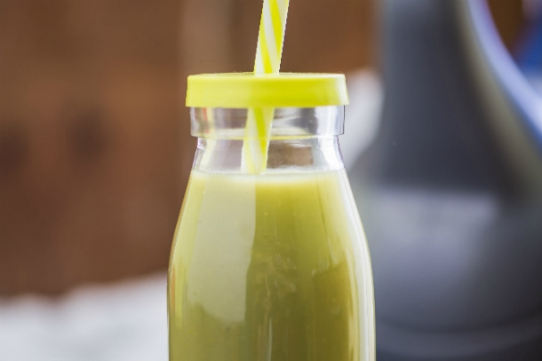 inside-2-The_tastier_and_healthier_spring_smoothies