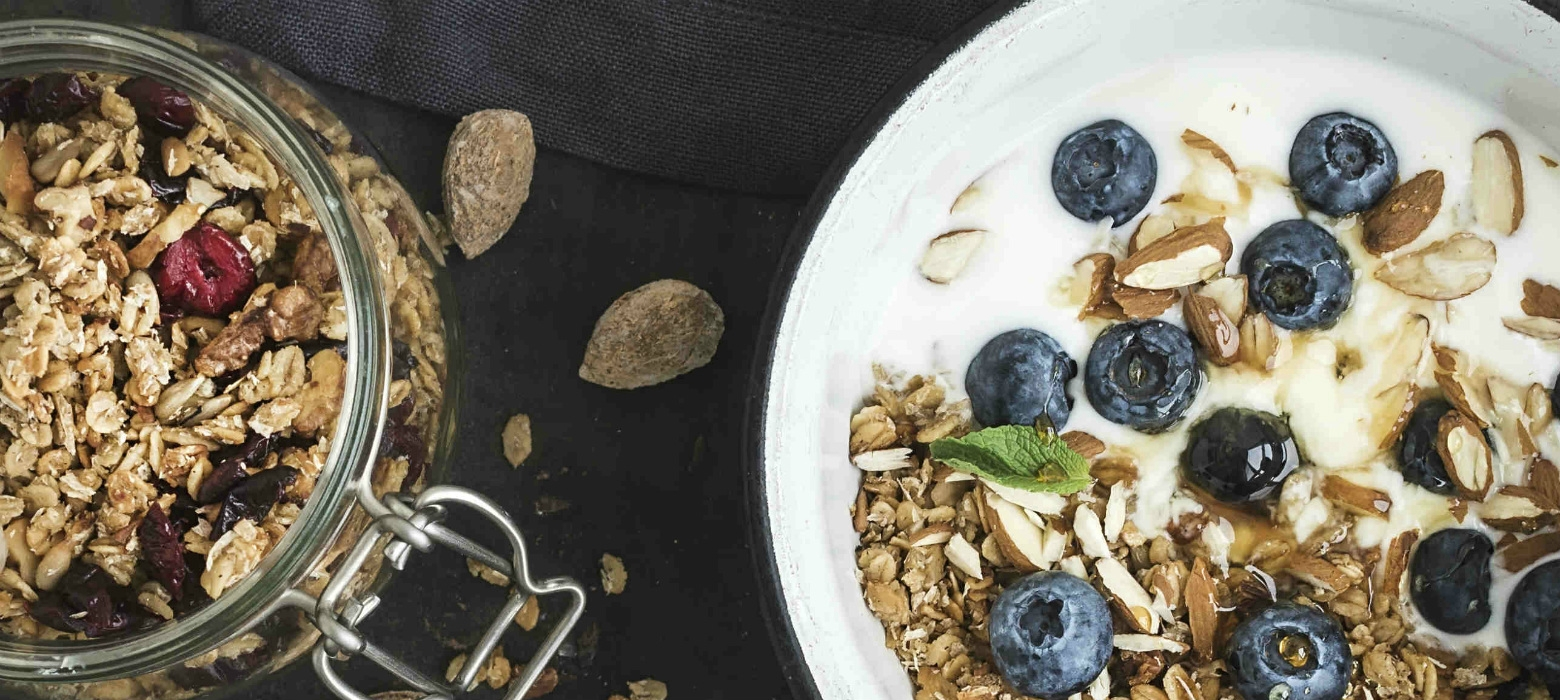 holmes place | breakfast with cereal and blueberries