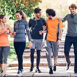 Szybki marsz - zalety, efekty, kalorie. Jak schudnąć maszerując? - Mangosteen