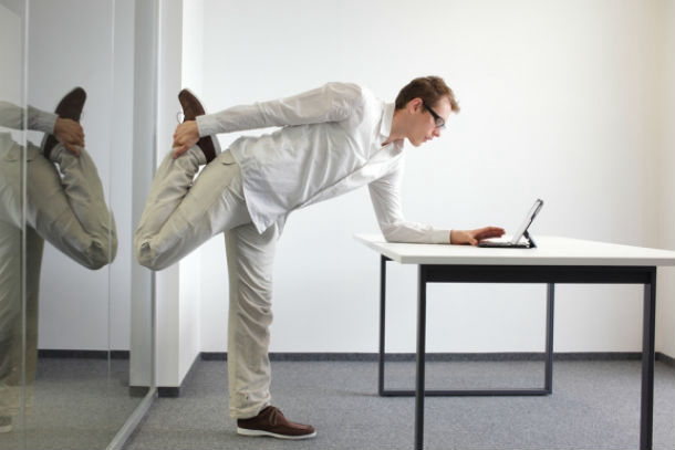 inside2_33 Smart Ways to Exercise at Work