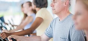 Prática de exercícios musculares para combater o envelhecimento | Holmes Place
