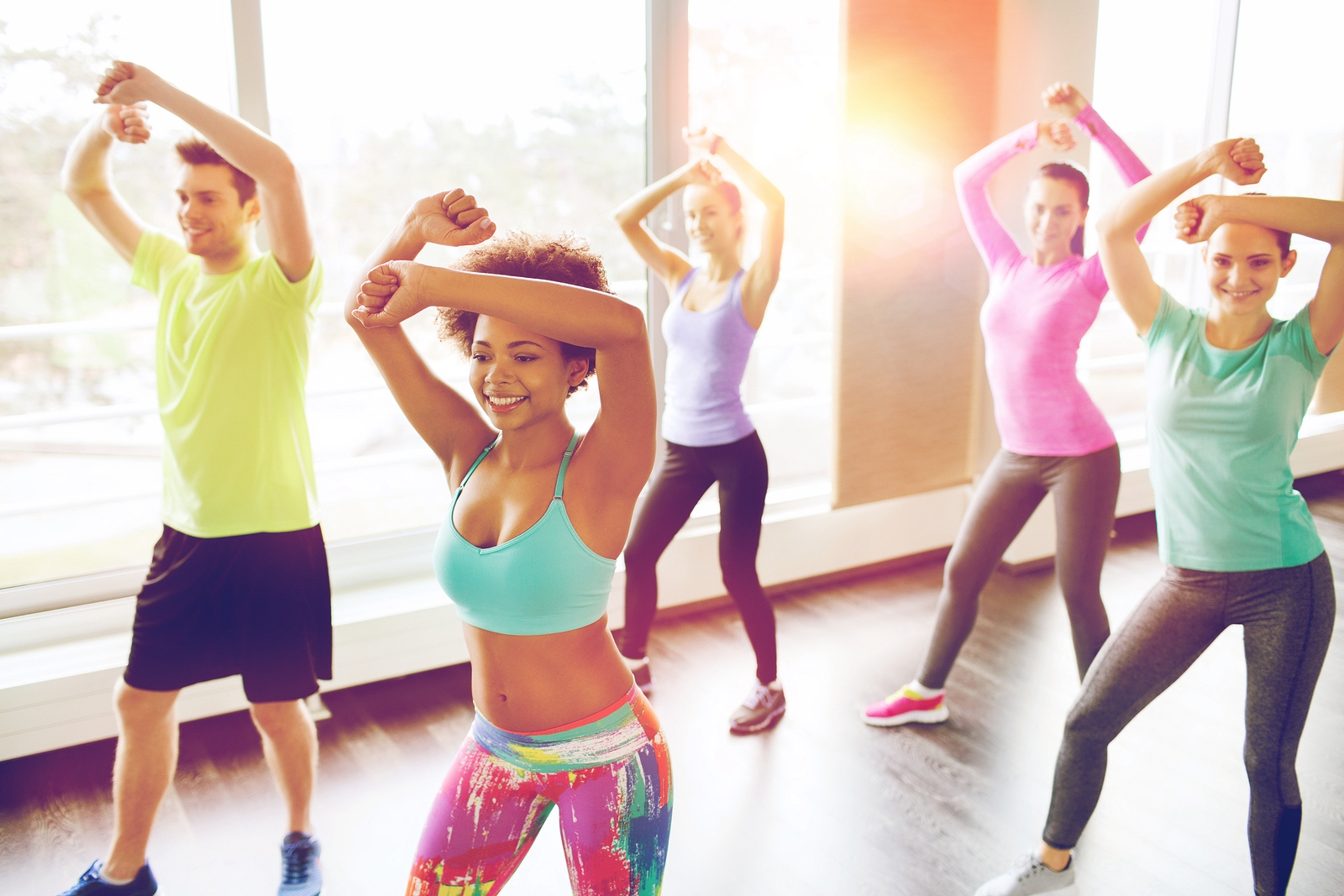 Holmes Place | dance class zumba women men smile gym fitness